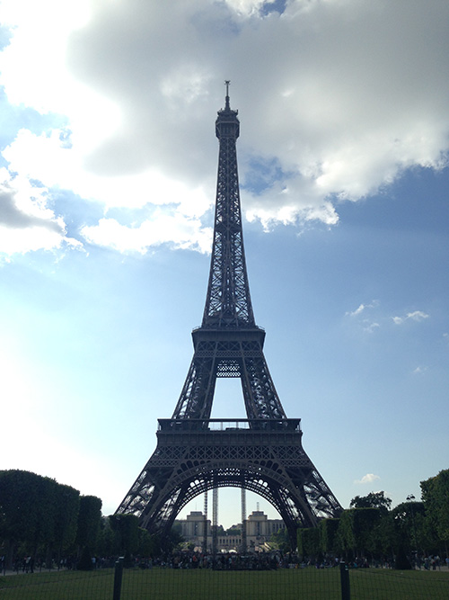 Eiffel Tower during day