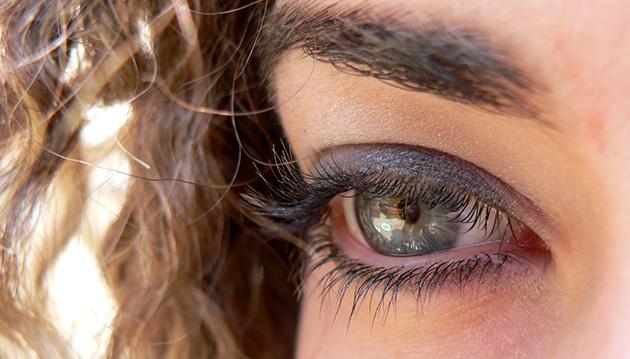 eyelash_extensions