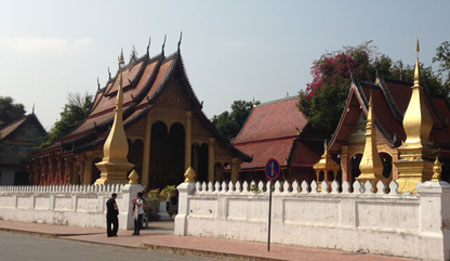 limcollege.edu root Profiles Faculty rclark Desktop Faculty Blogs 2013 Pics Fred Visit to Laos Temple from street resized 600