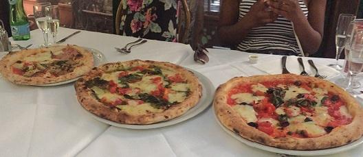 Naples_pizza