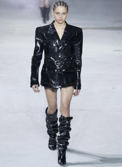 Paris Fashion Week .png