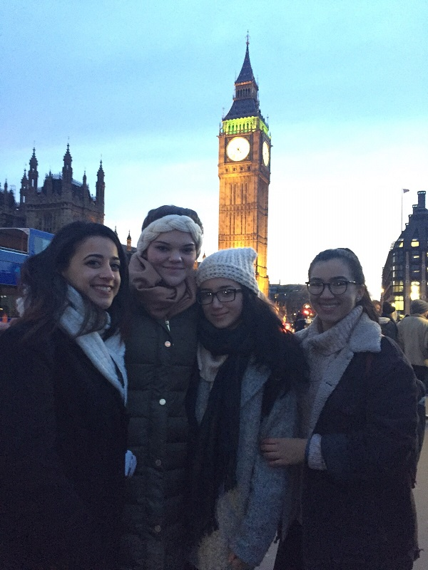 Tiffany_London_Friends.jpg
