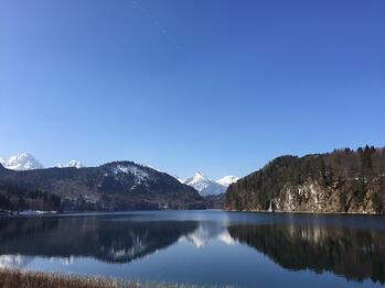 Victoria_Neu_Lake.jpg