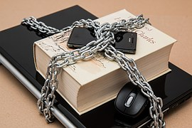 Chained_phone.jpg