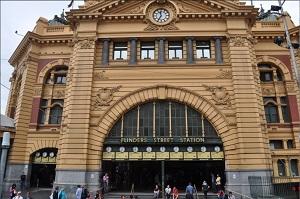 Flinders_Street_Station_300_199