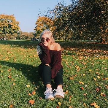 Paige_London 3.jpg